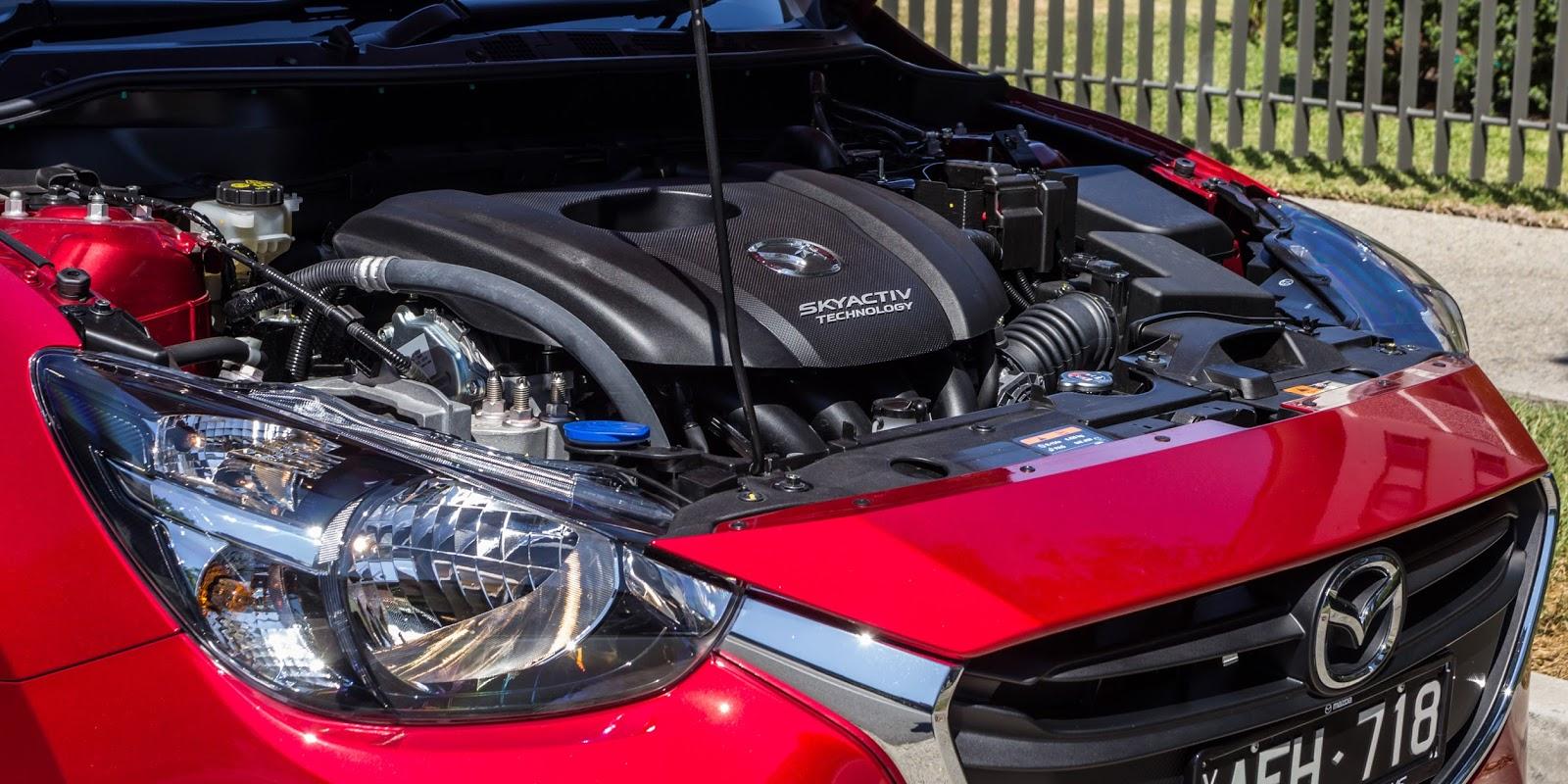 Động cơ skyactiv của Mazda 2 2016 hoạt động hiệu quả và tiết kiệm nhiên liệu