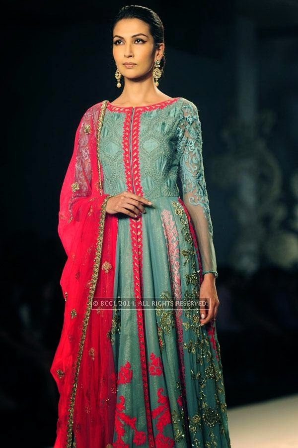 Sanea walks the ramp for Varun Bahl walks the ramp on Day 3 of India Couture Week, 2014, held at Taj Palace hotel, New Delhi.<br />
