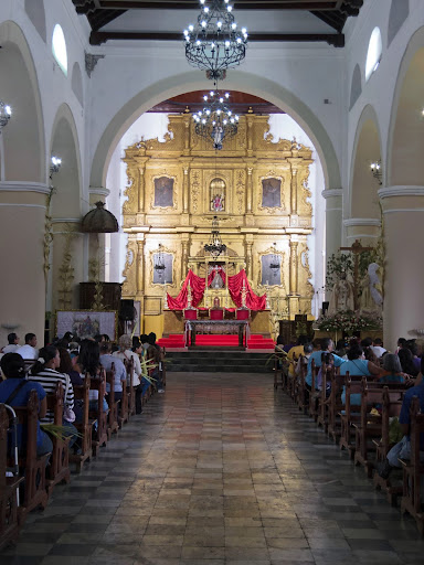 Retablo y Altar de la Iglesia de Petare