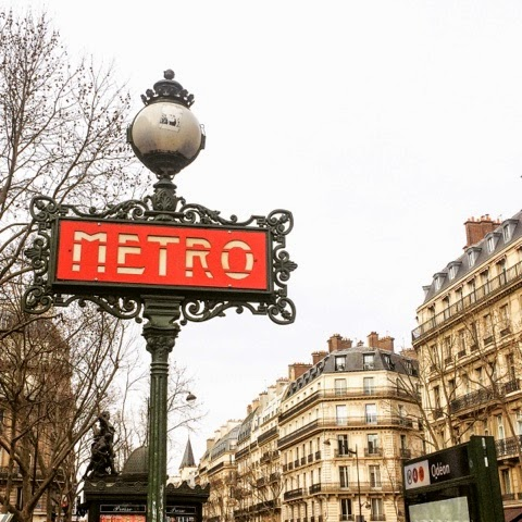 paris-metro-travel-iconic