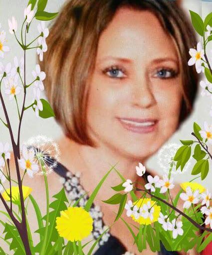 Susan Walton Photo 34