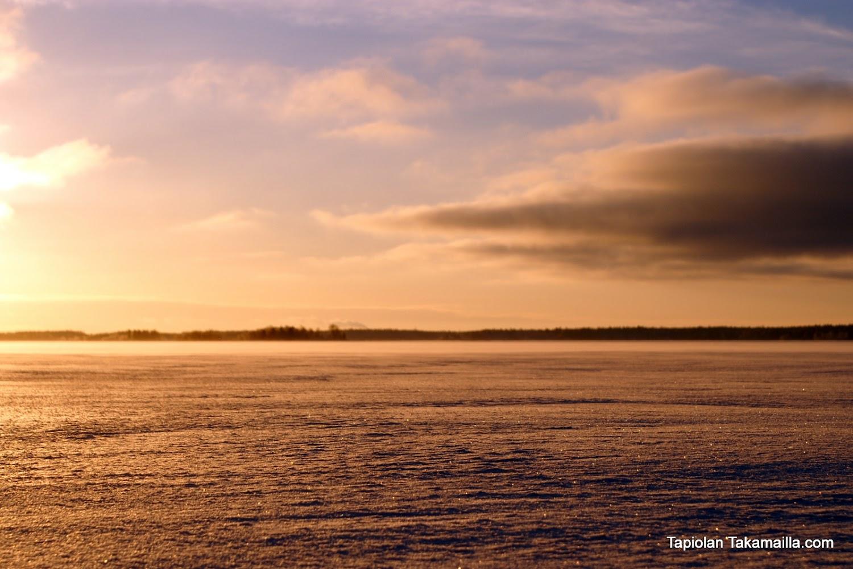 aurinko nousee tammikuussakin