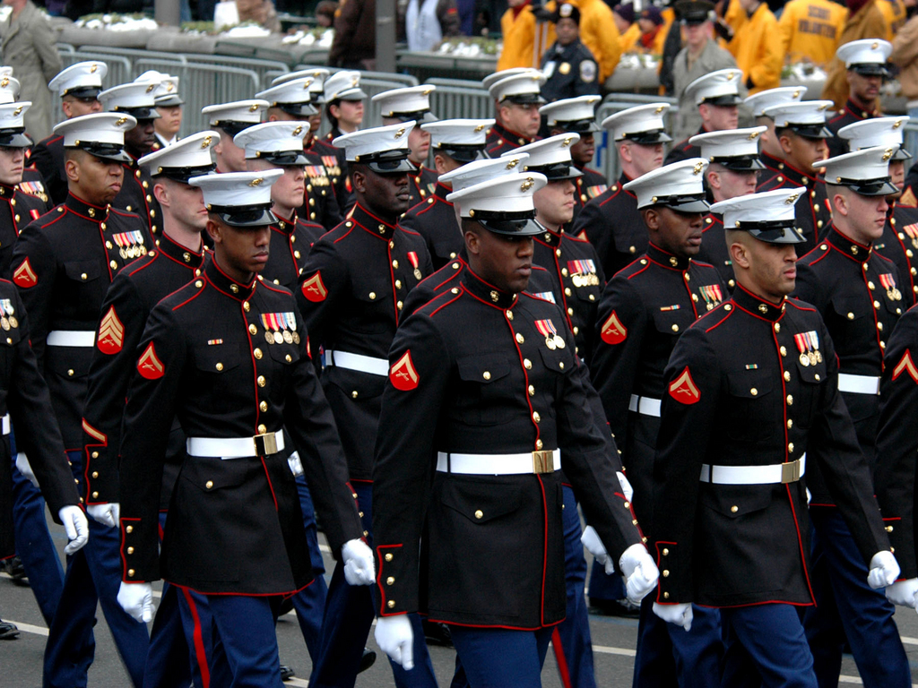 Marines Enlisted Uniform Marine general pays tr...