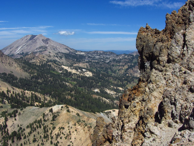 Lassen from near the top of Brokeoff