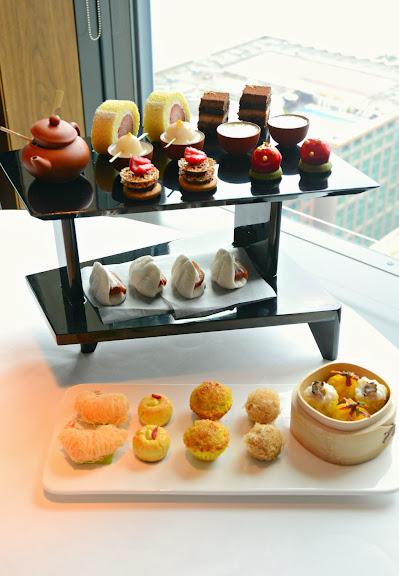 » 香港︰天外天 – 居高臨下 下午茶 » Chocolatemuimui's Blog