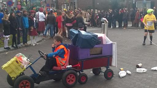 Carnavalsoptocht 2014 in Overloon foto Arno Wouters  (104).jpg