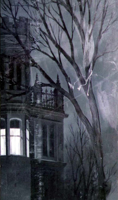 https://lh4.googleusercontent.com/-tm4TZ3rl84Y/TWsCFmPK2UI/AAAAAAAAEA8/2CJ3YeVhhmI/s640/Gothic+House+matte-collage+detail1c.jpg