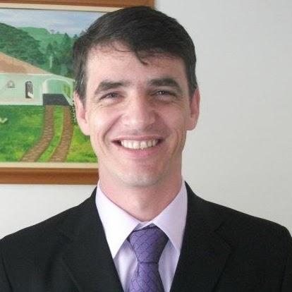 Nestor Silva Photo 26