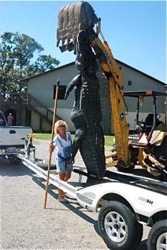 Questões e Fatos sobre Crocodilianos gigantes: Transferência de debate da comunidade Conflitos Selvagens.  - Página 2 Giant%2520alligator.1285114530