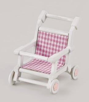 Đồ chơi Xe đẩy trẻ em Nursery Pushchair được thiết kế nhỏ nhắn, vừa vặn với thú bông sơ sinh