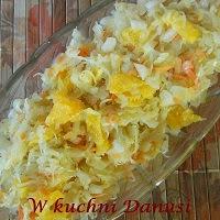 surówka z kiszonej kapusty z pomarańczami