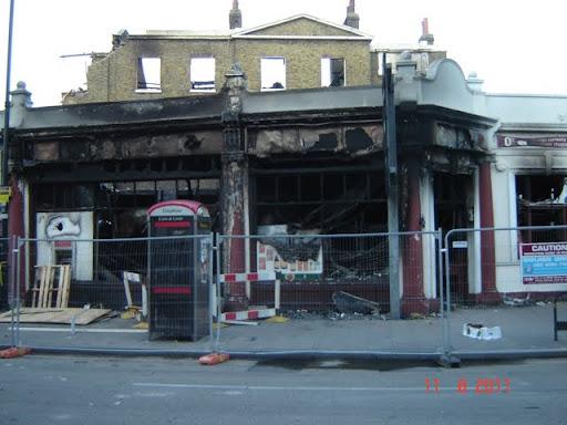 Район Тоттенхэм  и Тоттенхэм Хай Роуд после погромов