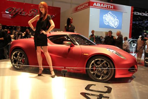 Alfa_Romeo-4C_Concept_2011_06_1280x853