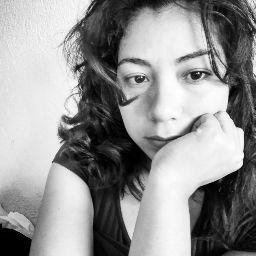 Selene Diaz Photo 16