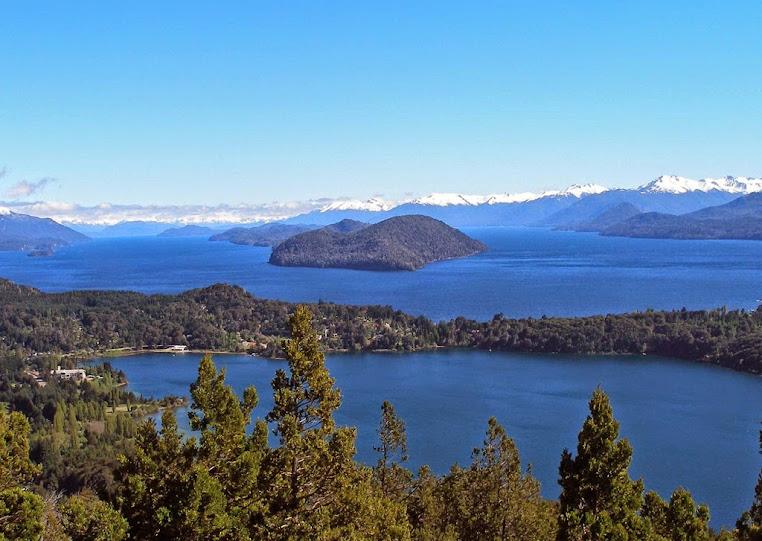 Vistas al Nahuel Huapi desde el Cerro Campanario