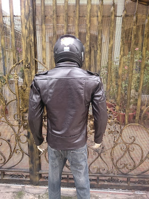áo da moto màu đen cao cấp