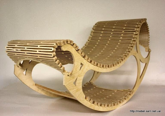фанерное кресло R-chair от Raque Kunz изготовленное с использование станка с ЧПУ