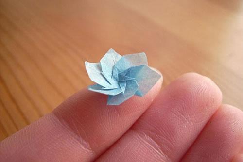 Anja-Markiewic-Nano-Origami-Paper-Figures-1