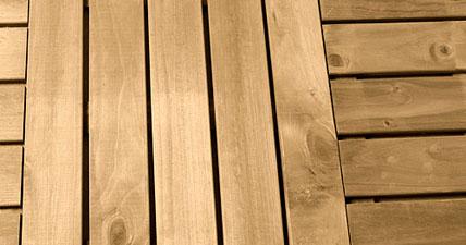 Pisos de madera para exteriores Maderas tratadas para exterior
