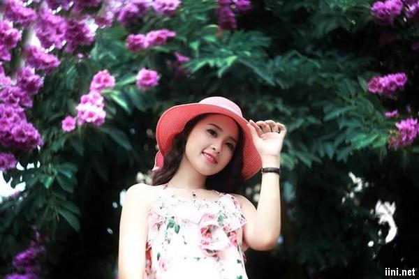 tình thơ hoa bằng lăng tím