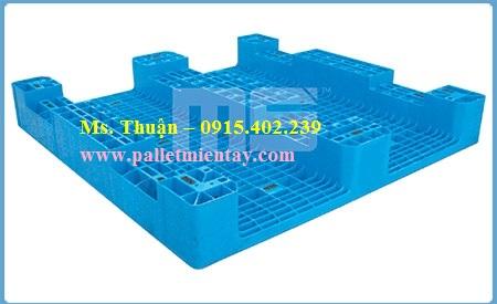Pallet nhựa EN4-116116 Malaysia nhập khẩu