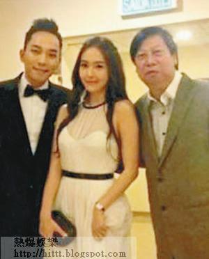 K先生(左)曾帶Jessica來港出席活動,並與英皇高層吳雨合照。