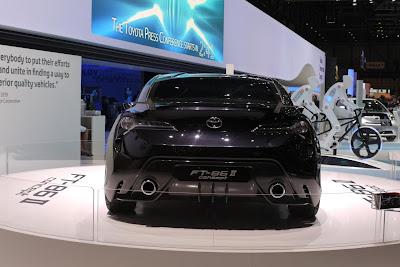 Toyota_FT-86_II_Concept_2011_Geneva_Motor_Show_02_1280x855