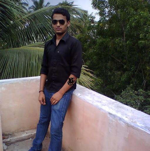 Abhishek Bhat Photo 10