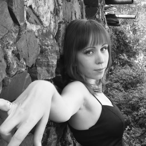 Elena Lysenko Photo 17