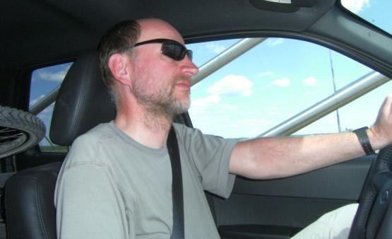 Chris mit Fahrrad im Ford Escape