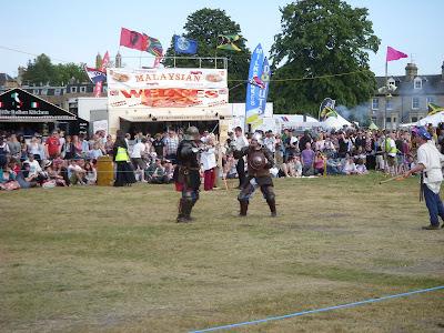 中世の騎士対決