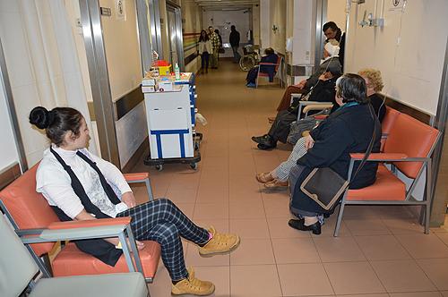 Os tempos de espera nas urgências aumentam quando há doentes que ali recorrem indevidamente