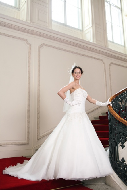 robe de mariee point mariage 2015 - Point Mariage Herblay