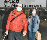 早前黃日華太太患急性壞血病,連日來與女兒黃芷晴準時探望。