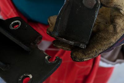 Broken alternator bracket