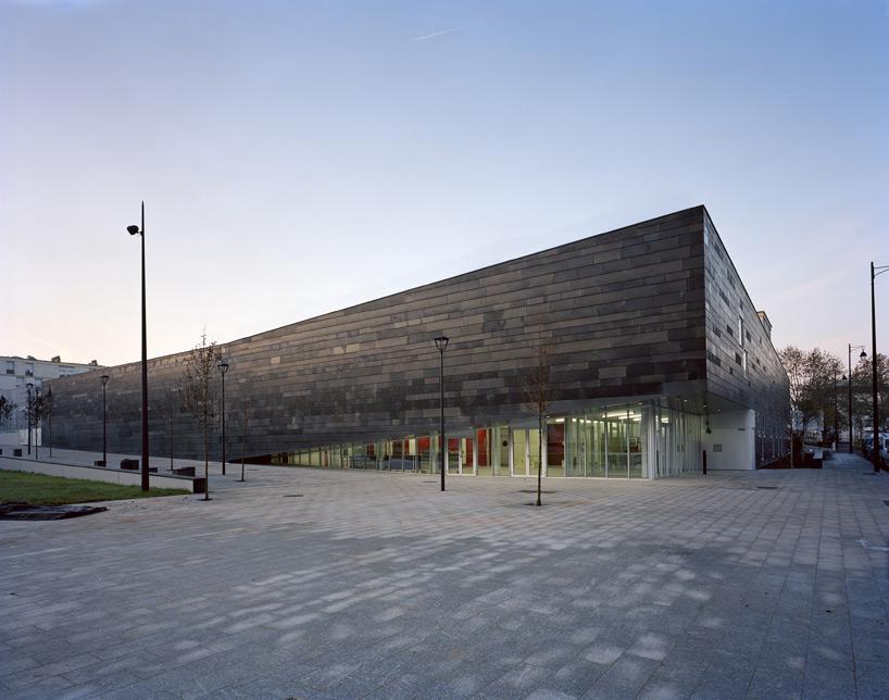Antony multi-sport complex design by Archi5
