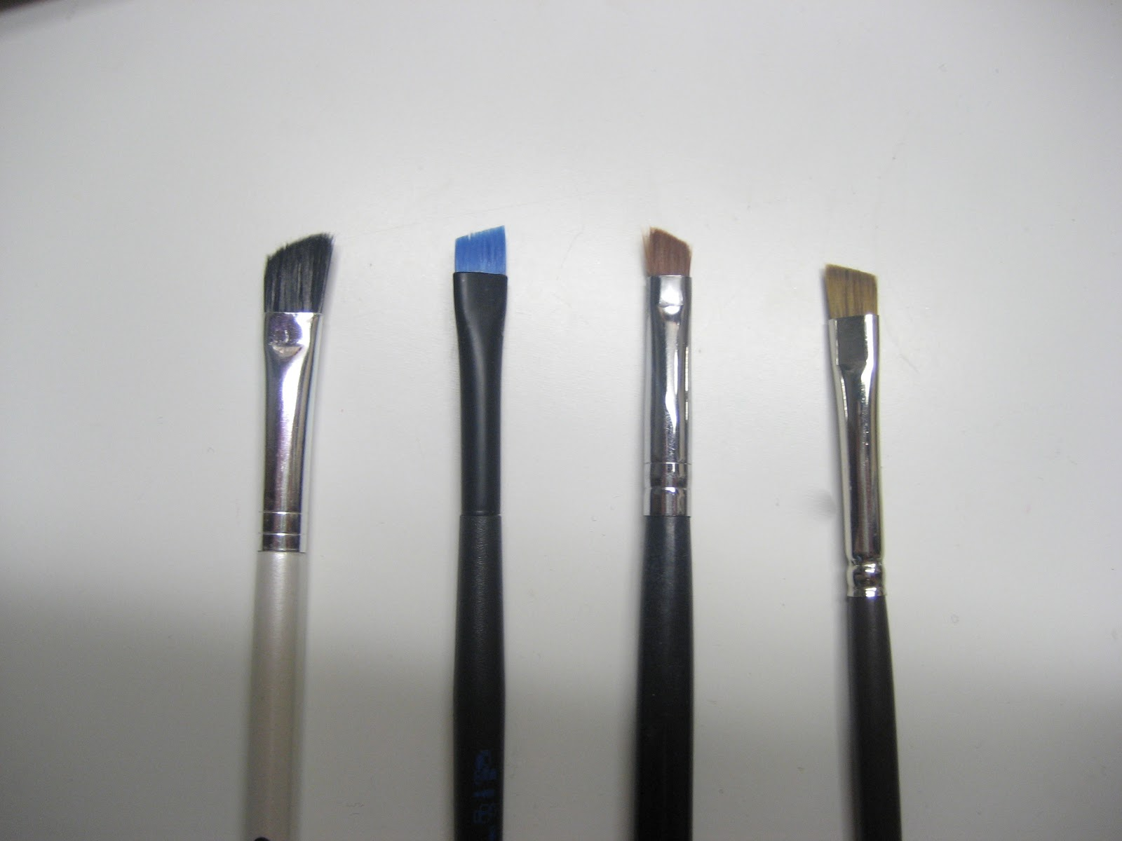 Thinnest Eyeliner Brush Eyeliner Brush Sigma