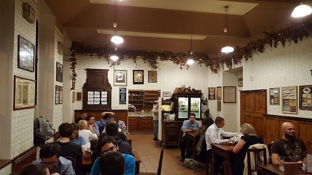 Restaurace U Slovanské Lípy
