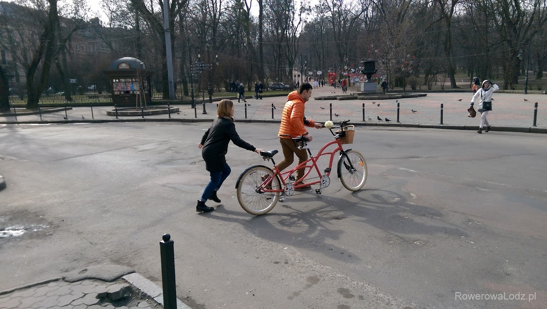 Wypożyczalnia rowerów ma w swojej ofercie i tandemy