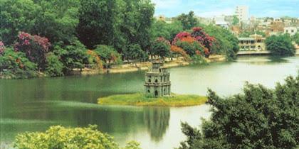 Những bài thơ hay viết về hồ Gươm (Hoàn Kiếm)