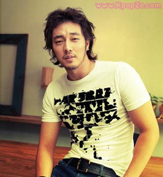 So Ji Sub มาถ่ายรายการ Infinity Challenge ในฐานะเพื่อนสนิทของ  Jong Joon Ha