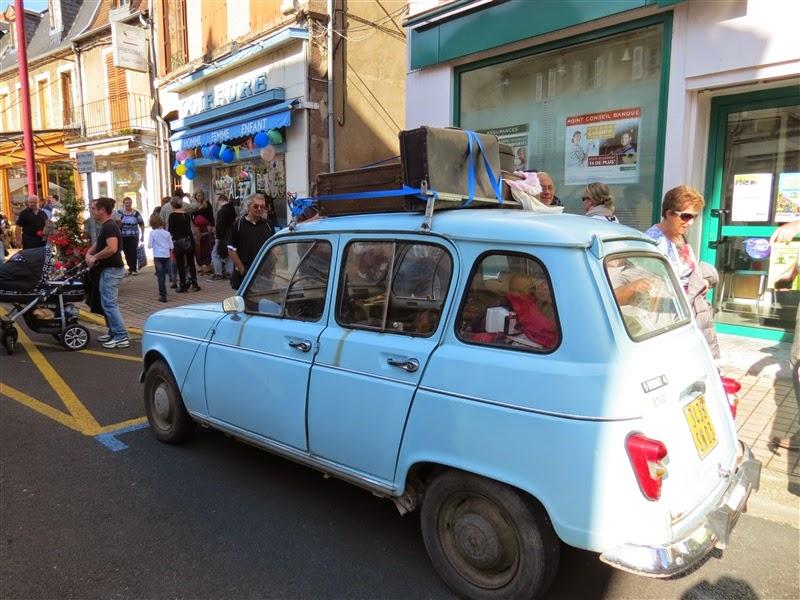 [EVENEMENT] 5eme Embouteillage de Lapalisse Small_IMG_1077