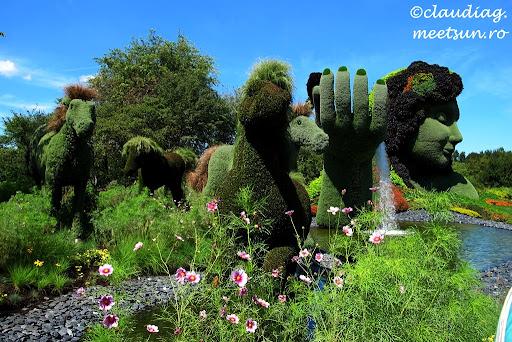 Mama Natura #Mosaiculture