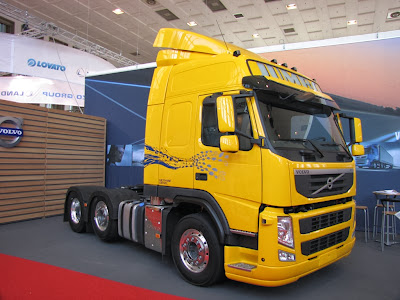 Gazodiesel Volvo FM Methane Diesel. Zbiornik na skroplony gaz ziemny (LNG)