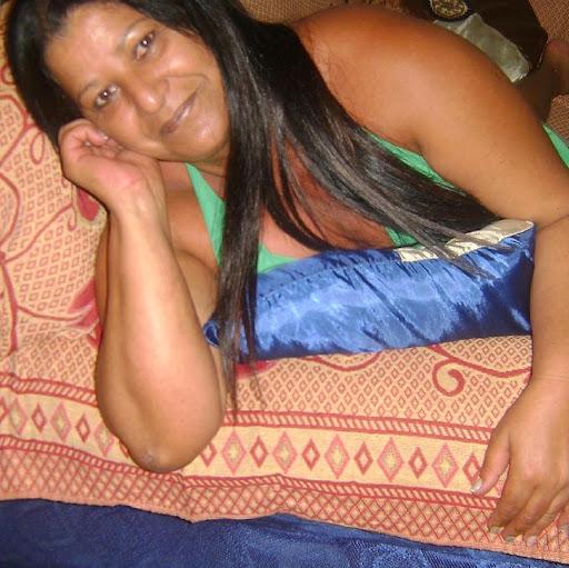 Gloria Melo Photo 18