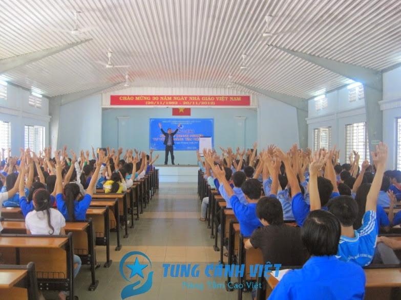tung-canh-viet-khoa-hoc-ky-nang-tim-viec-lam-luong-cao-jss10