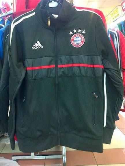 Jual Jaket Bayern Munchen Warna Hitam