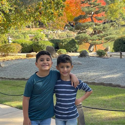 Naila Qureshi Photo 15