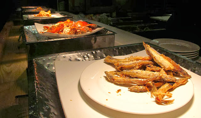 蟹料理區餐檯-上閤屋台中復興店