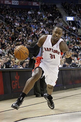 wearing brons nba lebron10 carbon terrence ross 02 Wearing Brons: Breds, Carbons, Canaries, Xmas, IDs and More!